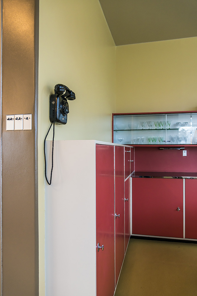Telephone in Dining Room, Sonnefeld House Rotterdam 171118wc807614