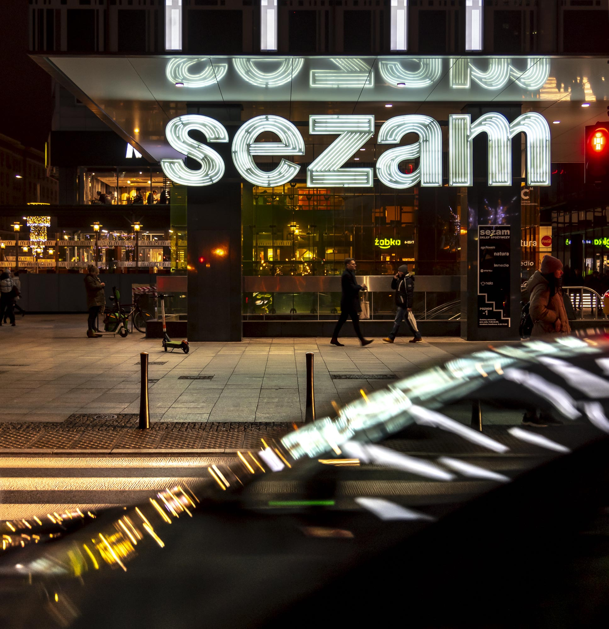 Instagram ready images -Sezam neon sign and car - After