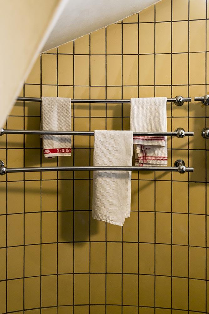 Kitchen Towel Rails Sonnefeld House Rotterdam 171118wc807601